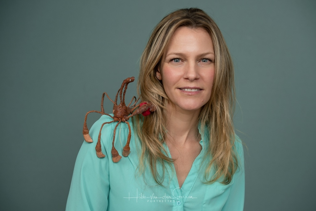 Hilde van der Sterren, Kathryn Jankowski, portrait, personal branding, Metamorphosis of a Bottle Cap